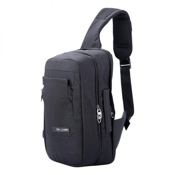 Túi đeo chéo có nhiều chất liệu khác nhau
